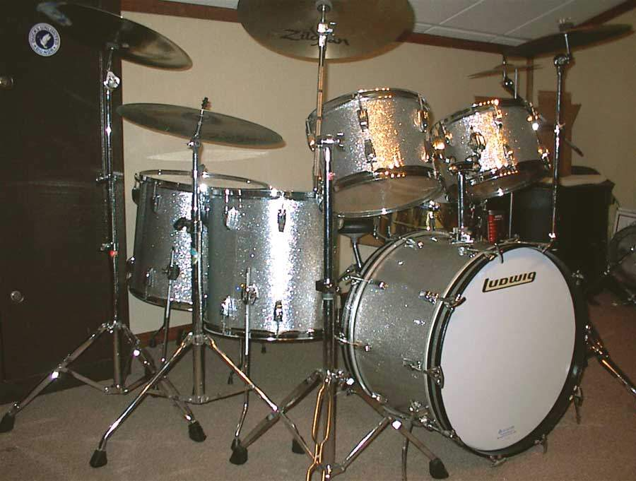 '71 Ludwig Kit in Silver Sparkle